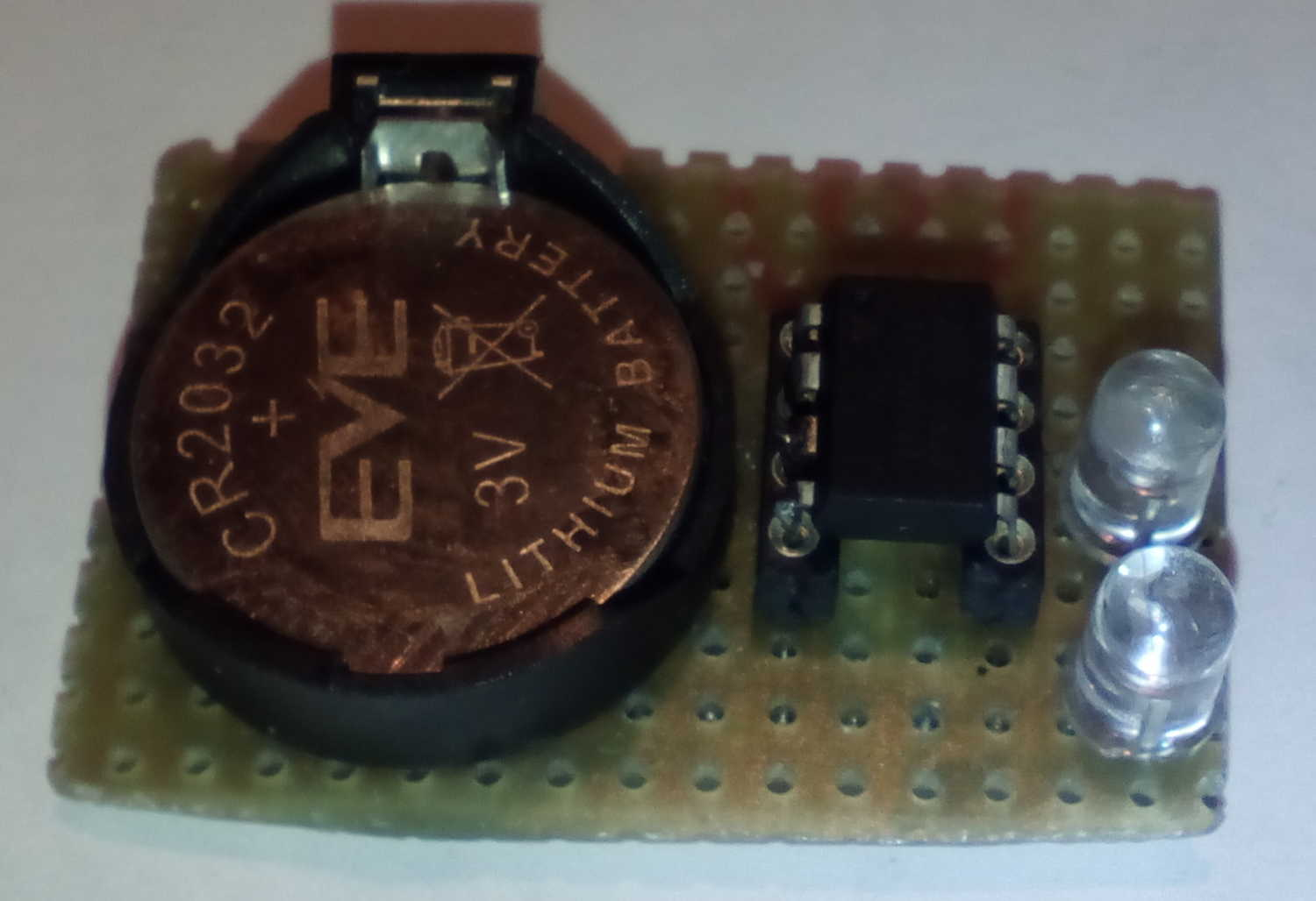 Tefatronix Low Power Led Flasher Single Circuit Prototype Parts R1 R2 C1 Are Mounted On The Underside Smd Were Used 2 Version Flashing Alternately Click For Full Resolution